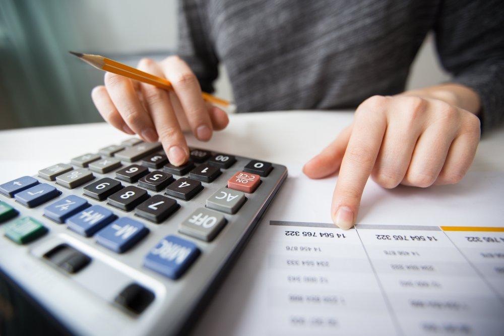 Criar imposto é solução para a crise na economia?